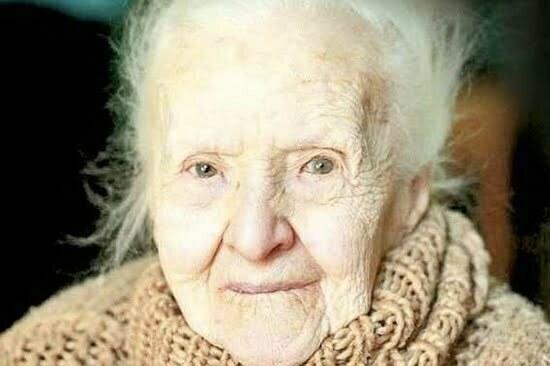 Margareta Medi Wechsler Dinu la 103 ani foto Adevarul Ionut Iancu 2010