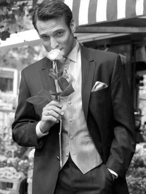 bărbat trandafir