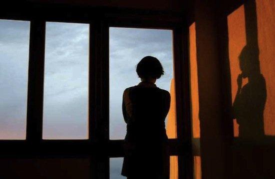 femeie singură