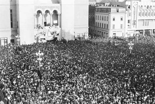 20-decembrie-1989-piata-operei-timisoara