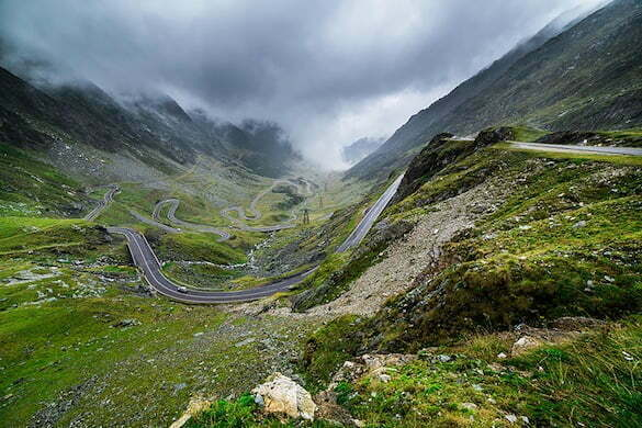 amazing-places-romania-16__880