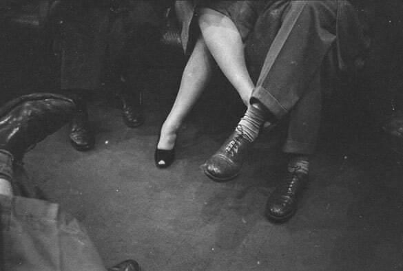subway-street-photography-love-new-york-stanley-kubrick-1