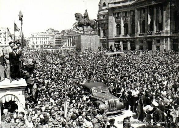 10-mai-1945-piata-palatului-statuie-carol-i-1