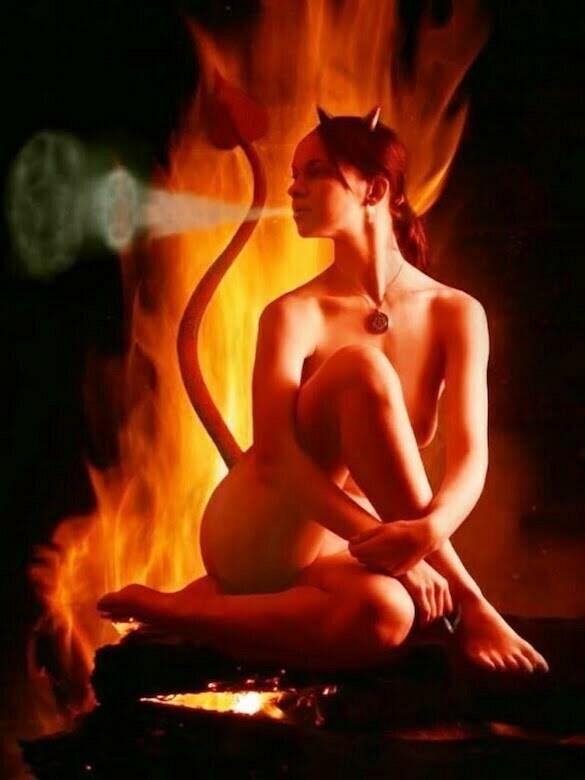 femeie foc