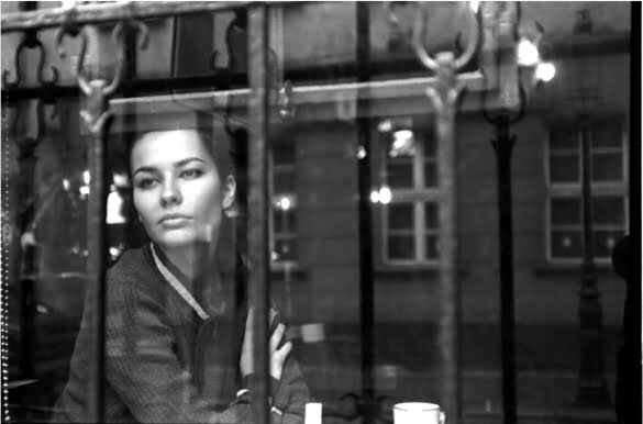 woman-window-black-white
