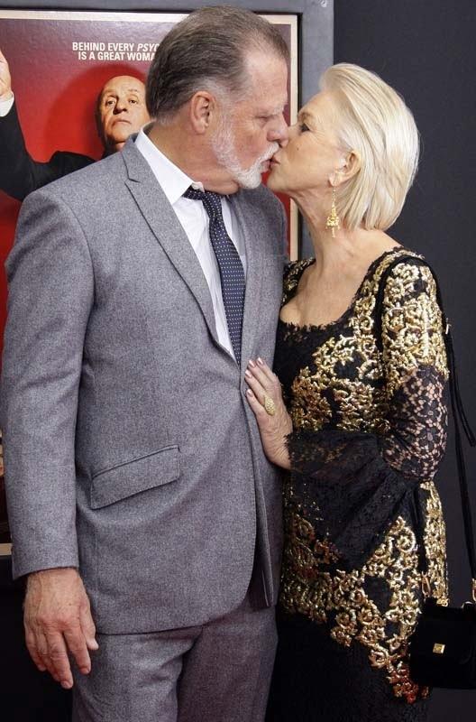 Helen-Mirren-et-son-mari-Taylor-Hackford-a-l-avant-premiere-d-Hitchcock-a-New-York-le-18-novembre-2012_portrait_w858