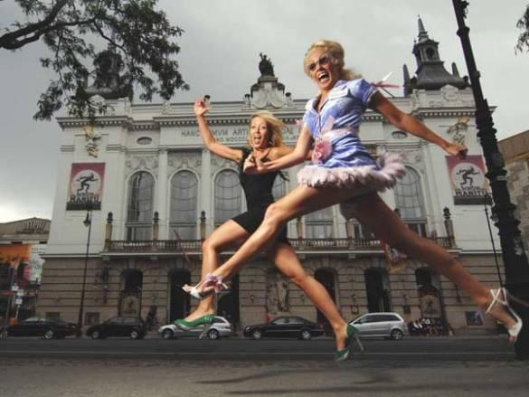Women-running-in-super-high-heels