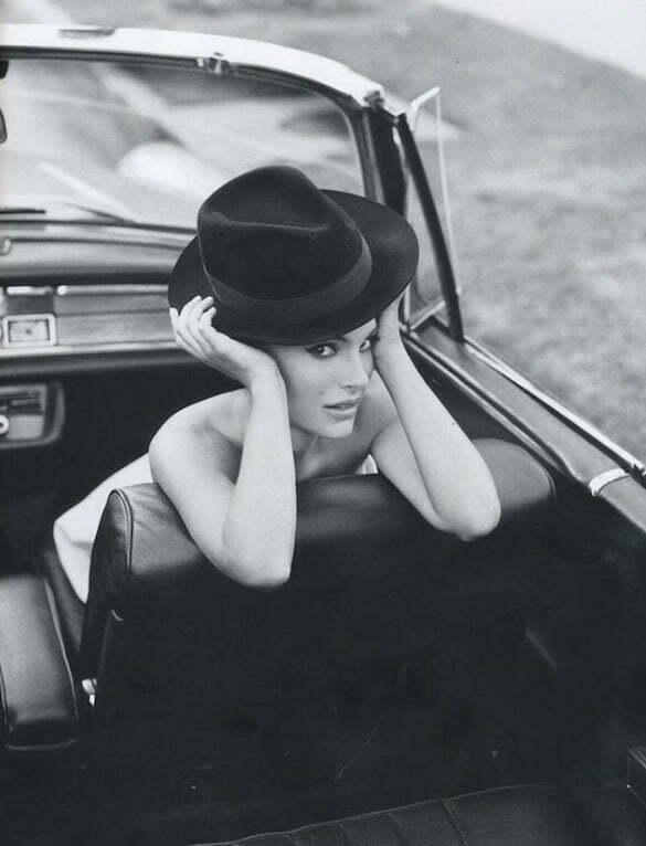 femeie mașină