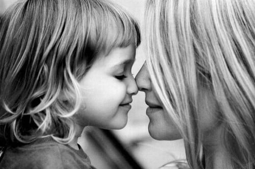 black-and-white-daughter-family-love-mother-favim-com-110567