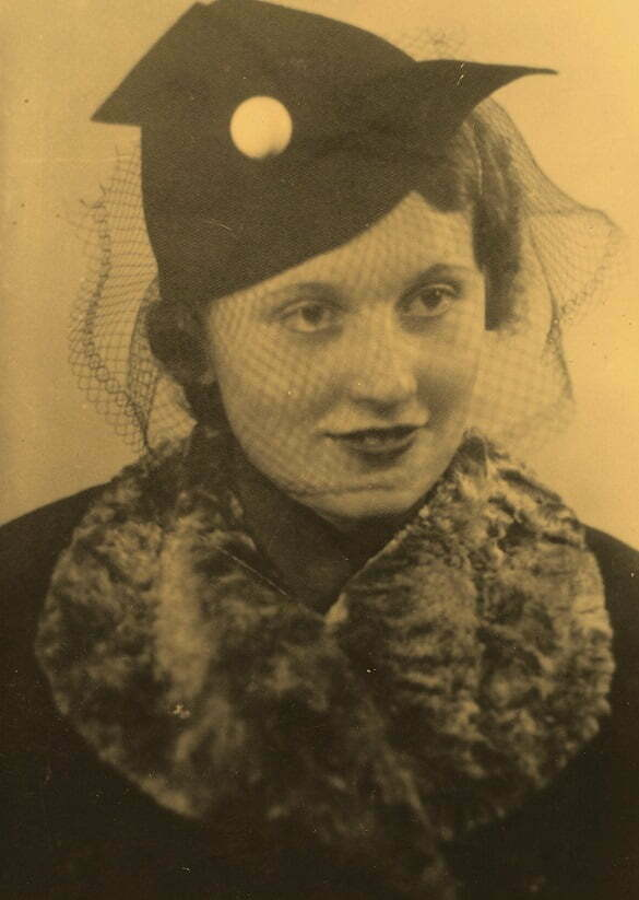 Portret de femeie - retro