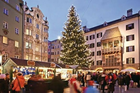 christkindlmarkt-altstadt-copyrigt-TVB-Innsbruck-Christof Lackner