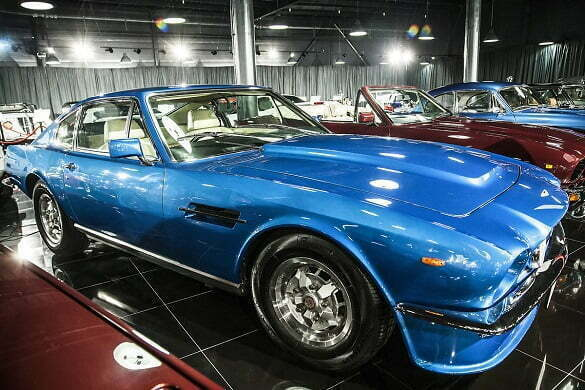 Aston-Matin-V8-Vantage-1981