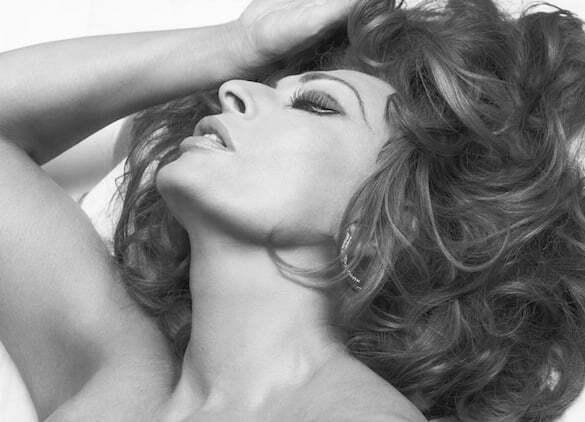 Sophia_Loren_2007_Pirelli_Calendar