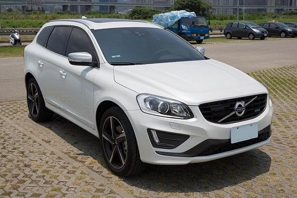 Volvo-2015-XC60-T5-R-design