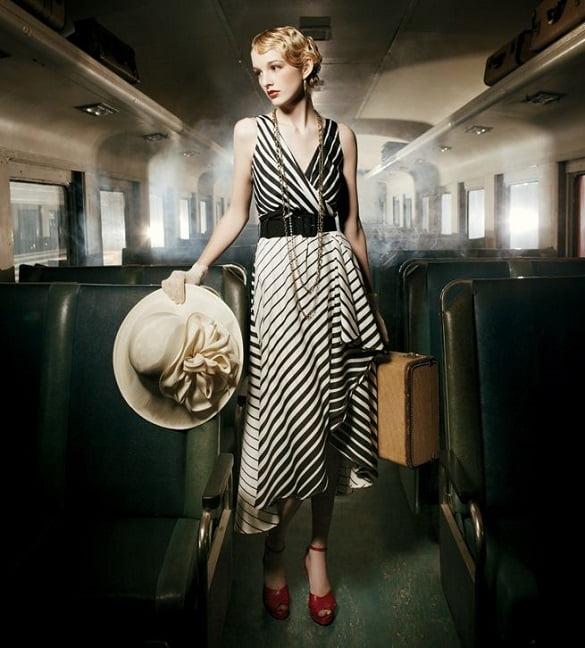 femeie in tren