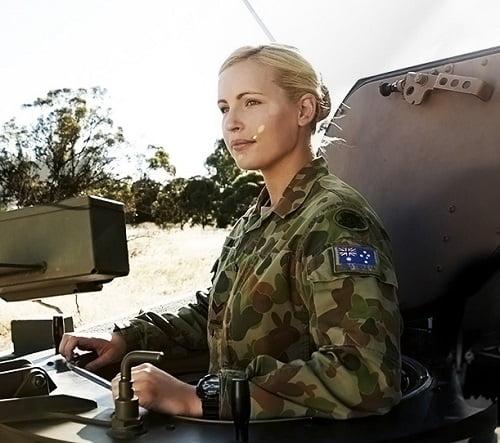 femei soldat australia