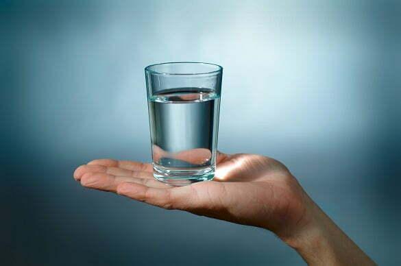 pahar-cu-apa
