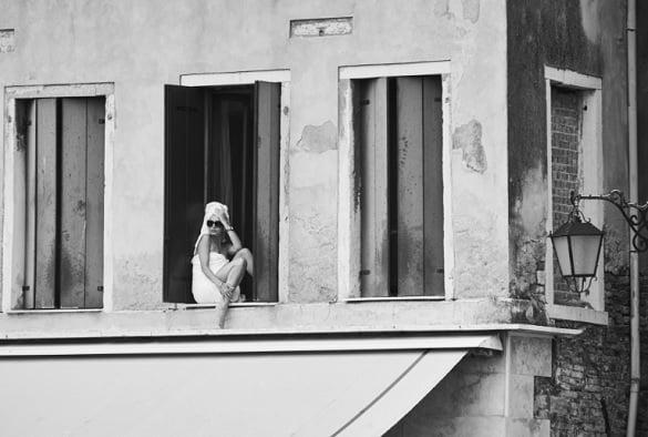 femeie-fereastra-kamilakarpinska