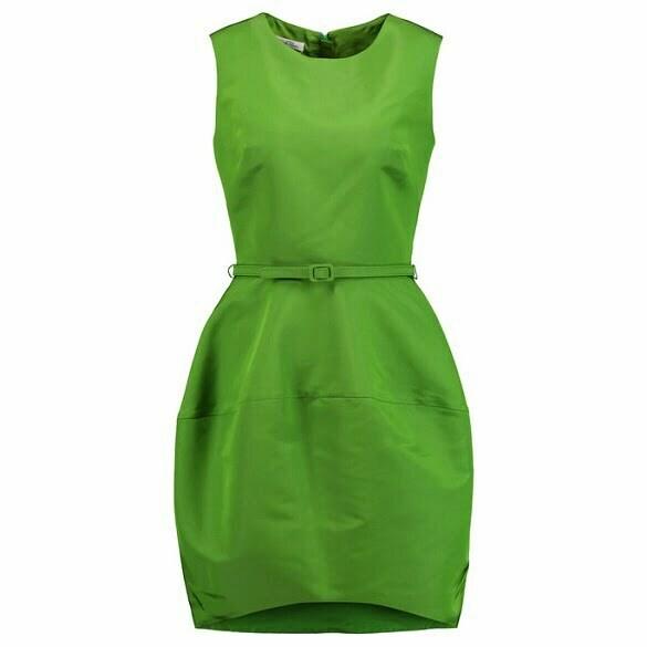 120816-pantone-greenery-fashion-embed2