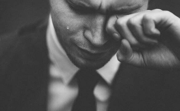 barbat plans lacrimi
