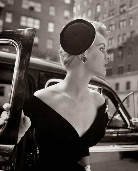 femeie eleganta