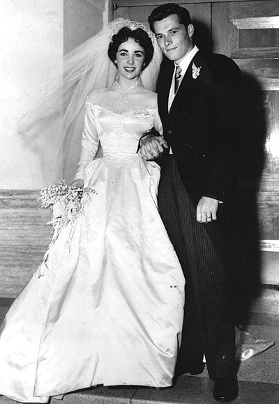 Taylor prima căsătorie