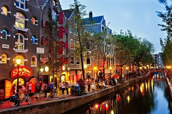 canal-amsterdam-the-netherlands