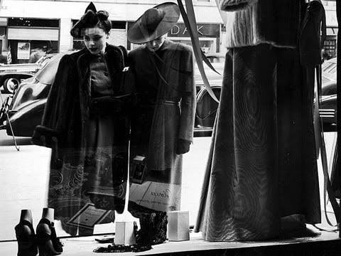 femeie shopping