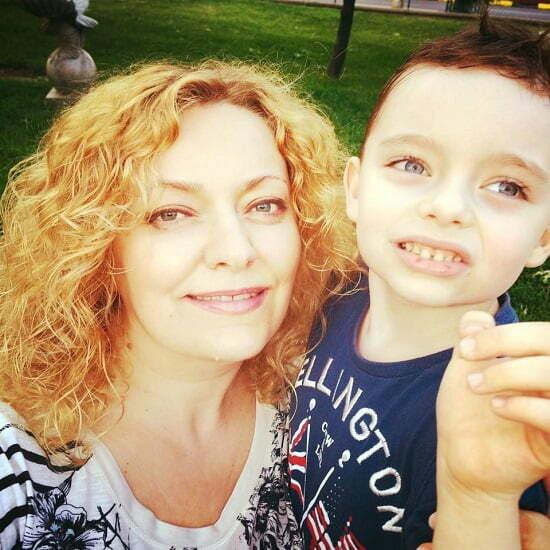 Diana Iordache Eu, la 45 ani abia impliniti, pot sa ma laud cu baietelul meu de 6 ani Ca de simtit, ma simt exact cum zice articolul Traiasca mamicile fara varsta