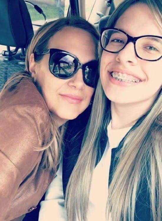 Irina Nebancea Mamele rămân tinere și frumoase, pentru copiii lor, toată viața! Eu 54 și fiica mea 19