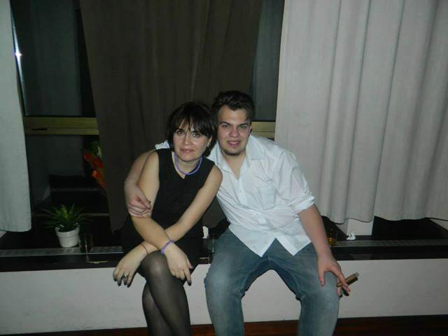 aura dobre(47) el este fiul meu Adrian(21)