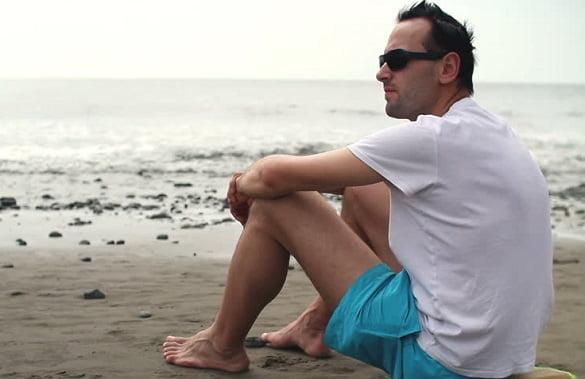 barbat plaja