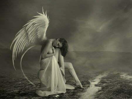 femeie aripi