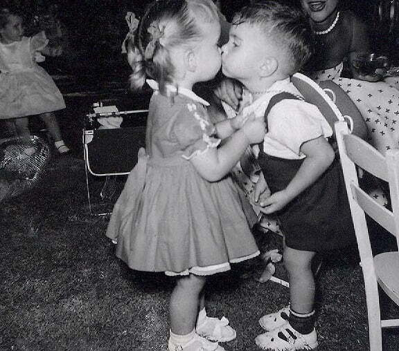 copii sarut