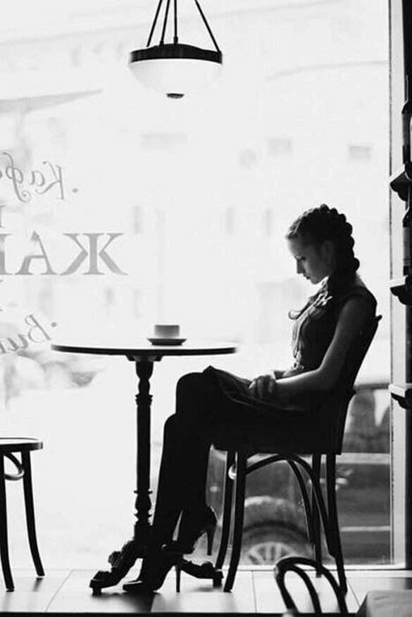 femeie cafenea