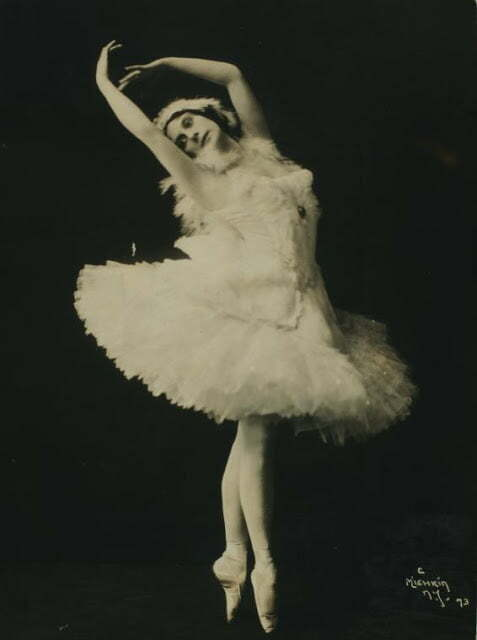 Anna Pavlova, costumed as The dying swan (1)Photographs by Mishkin
