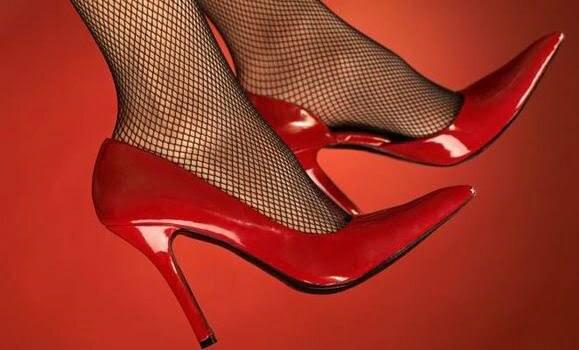 pantofi roc rosu.jpg