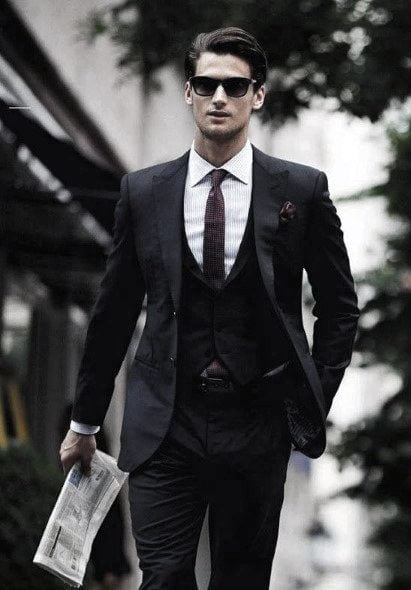 bărbat costum