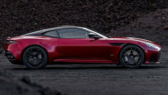 Aston Martin DBS Superleggera 4