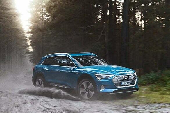 Catchy Audi e-tron 3