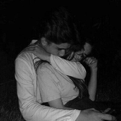 cuplu imbratisare