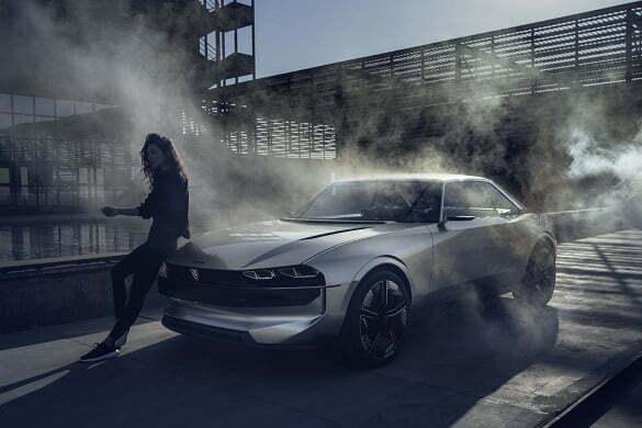 Conceptul Peugeot e-Legend 2