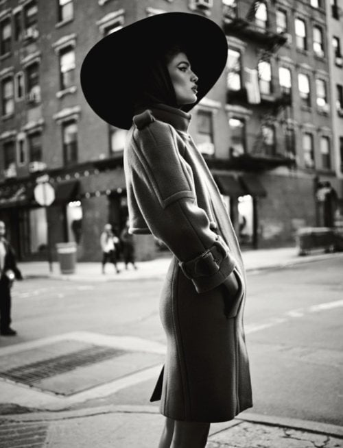 femeie strada