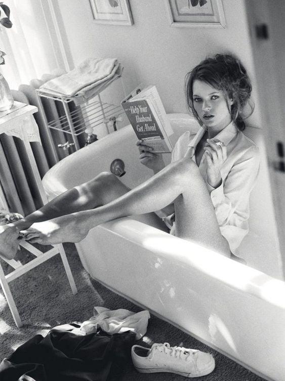 femeie cărți