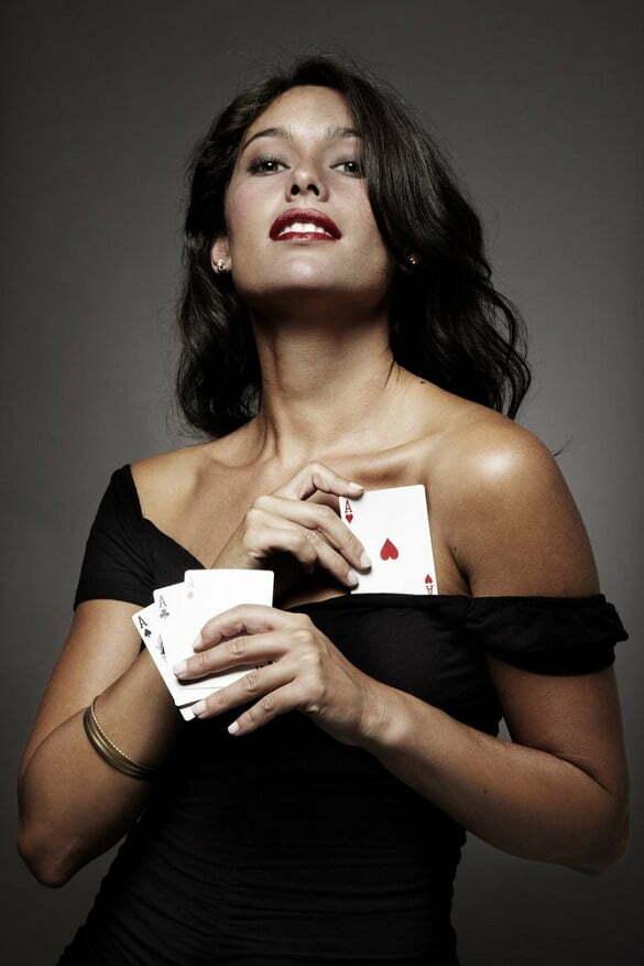 femeie carti de joc