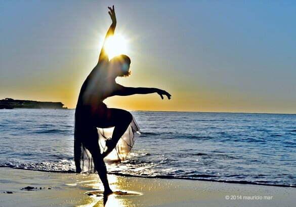 femeie plaja dans mauricio-mar-photography