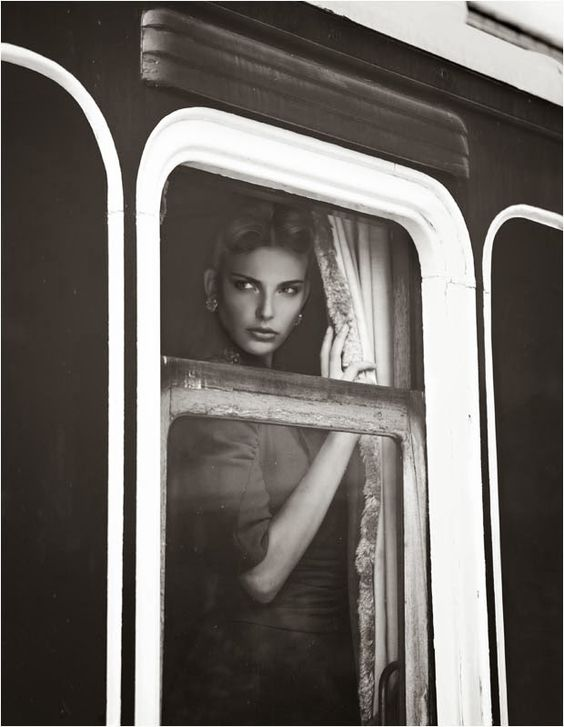 femeie tren divorț
