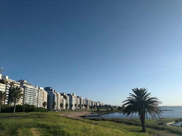 capitală Montevideo3